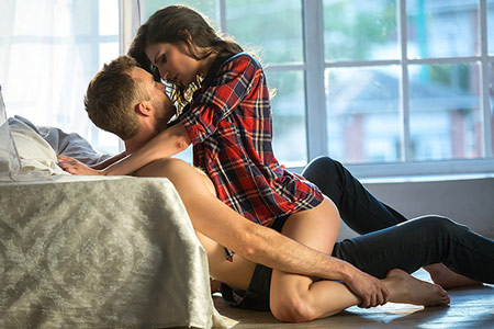 5 Smooth Ways To Invite Her Back For Sex