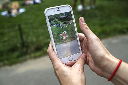 How-to-Use-Pokemon-Go-to-Meet-a-Sex-Buddy